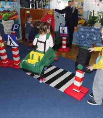 Michael - Municipal Police in the kindergarten
